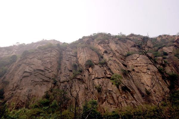 Bee Valley Rock Climbing