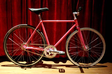 Pink Fixie Bike for Tricks