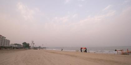 Qinhuangdao Beach