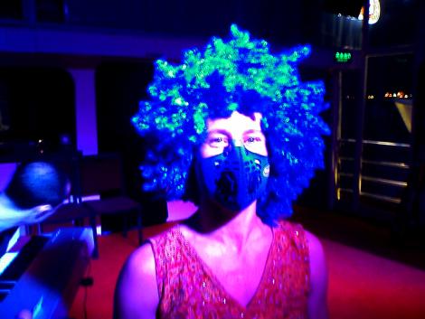 Anti-Polluion Mask and Matching Wig
