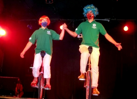 Ines and Julien Unicycling with Respro Mask