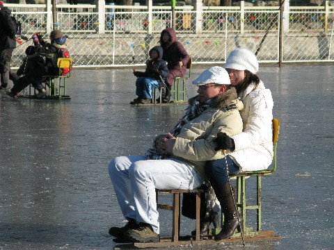 Lovers on Ice Chair