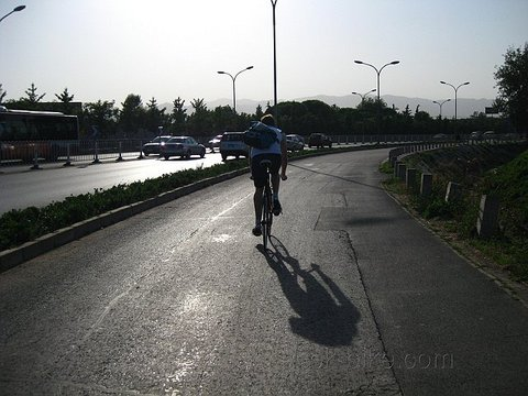 Heading to Fragrant Hills on Fixies