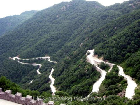 Bai Hua Shan Switchbacks