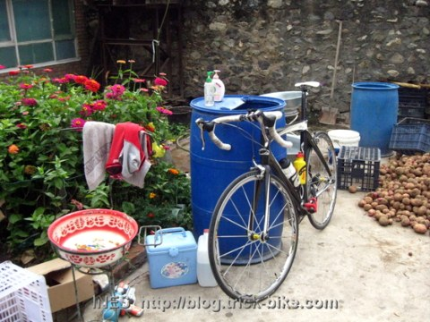 Road Bike in Village Front Yard