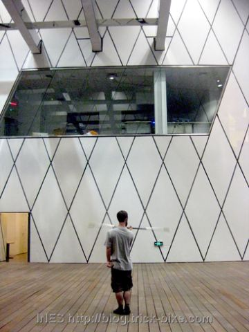 Beijing Jugglers Group - Spinning Staff