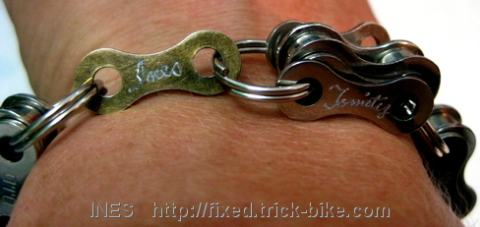 Tomity Keirin Recycled Bike Chain Bracelet with Engravings