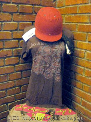 BFF Joyride T-shirt and Yakkay Helmet