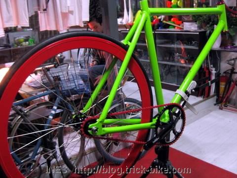 Julien's half finished fixed gear bike