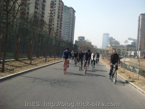 Cycling on almost empty cycle paths in Beijing