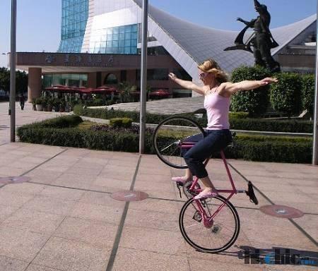 Ines Brunn 伊泉 - 自行车运动