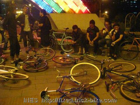 Beijing fixed at Fuxingmen rainbow