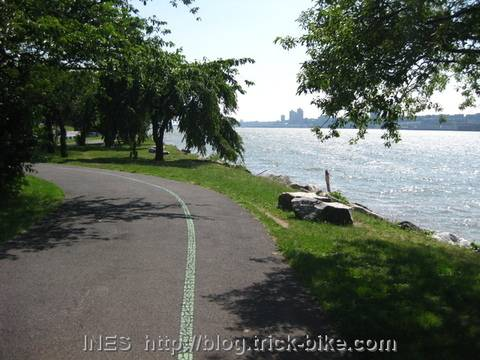 Hudson bicycle greenway cycling path
