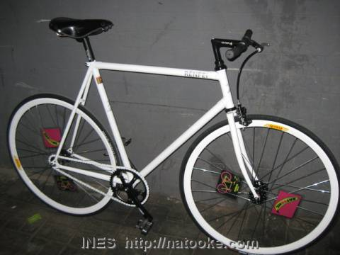 Ren Fei's new fixed gear bike