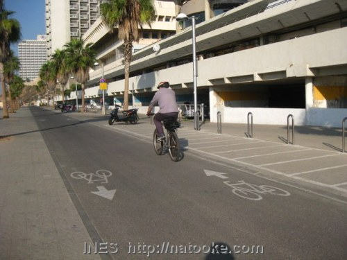 Beach Promenade Bike lane