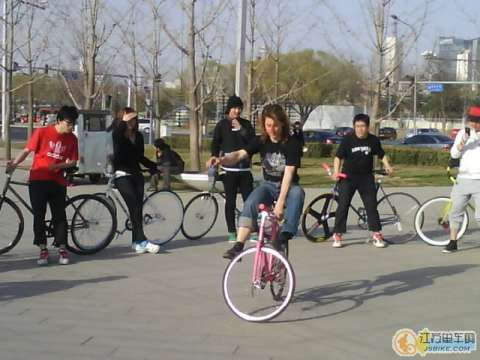 Filming the Beijing Fixed Gear Group