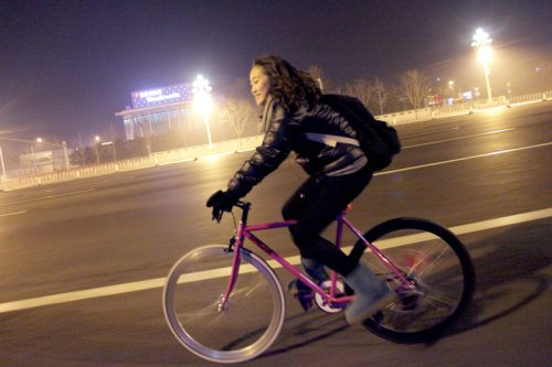 Doudou Riding her Flying Banana Fixed Gear Bike