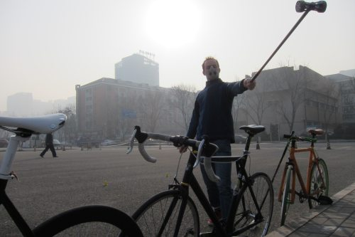 Bike Polo in Beijing despite the high level of Air Pollution 2013